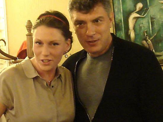 Служащая банка добилась повторного рассмотрения дела об отцовстве Немцова