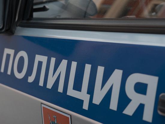 В жилом доме Петербурга найдена бомба, трое задержаны