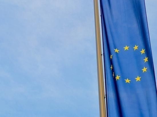 Европарламент одобрил отмену виз для украинцев