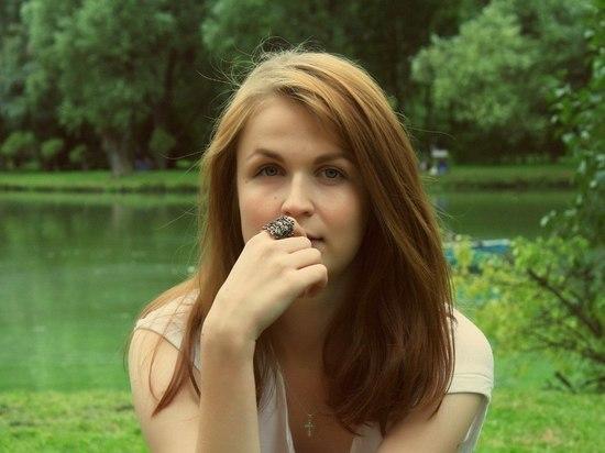 «Взрыв оставил красавицу без лица»: петербургский теракт изуродовал Эвелину Антонову