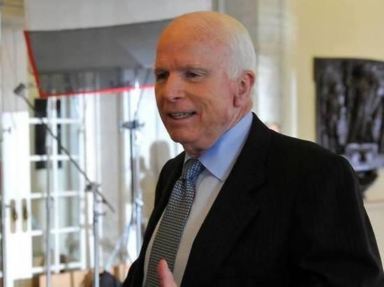 Маккейн ликует после обстрела Сирии: теперь покажем «путинской России»