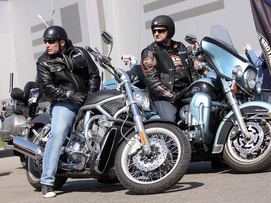Мотоциклистам-новичкам не позволят едить на мощных транспортных средствах
