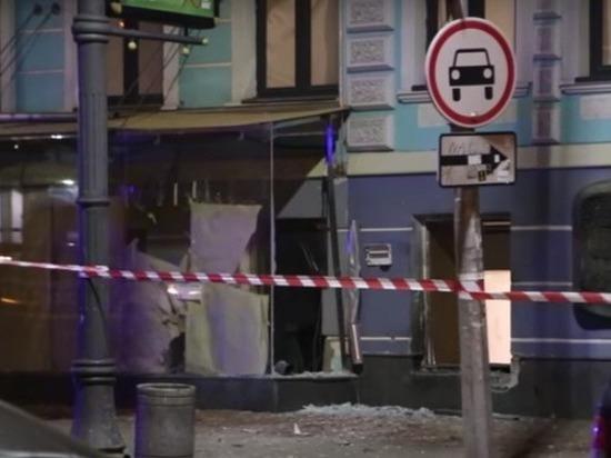 Мощный взрыв прогремел ночью в центре Киева
