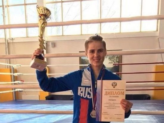 Оренбурженка взяла серебро в чемпионате по боксу