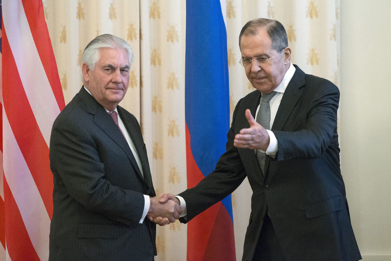 """Путин встретился с Тиллерсоном в """"тайном"""" режиме"""