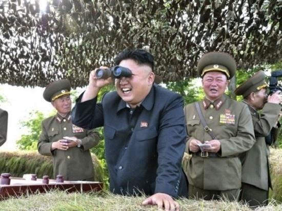 """КНДР не собирается """"сидеть сложа руки"""" в ожидании превентивного удара США"""