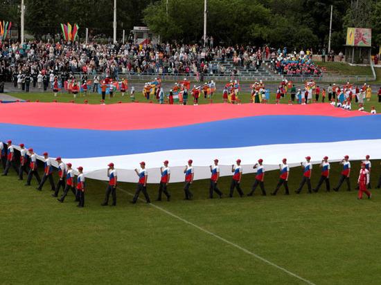 Иммиграция в Россию: как сделать ее выгодной стране