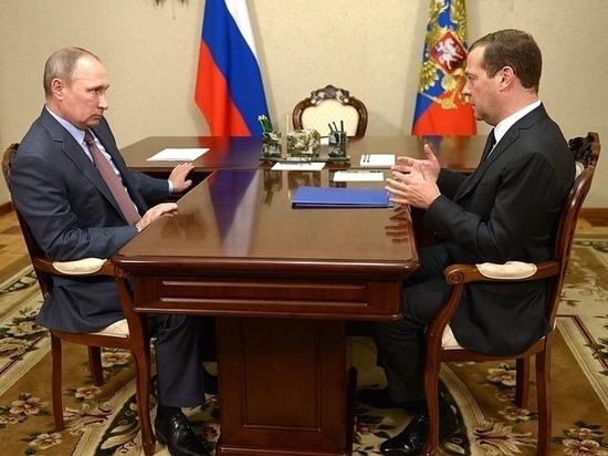 На встрече с Путиным Медведев отчитался о больших успехах в экономике