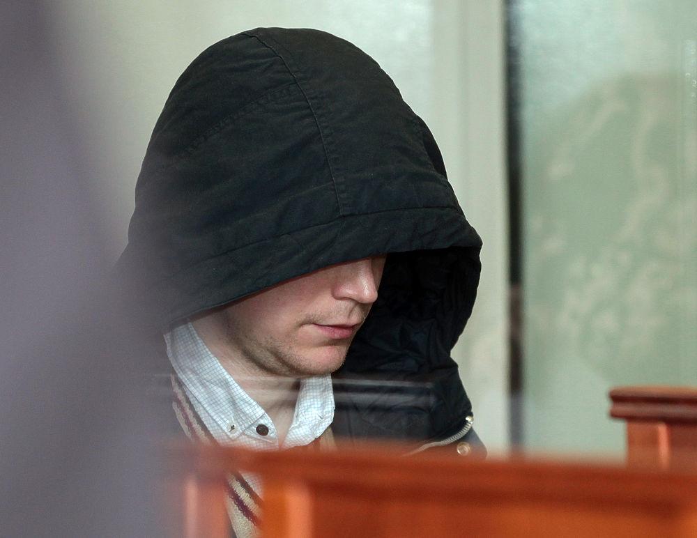 Дмитрий Колесников, обвиняемый в убийстве дочери топ-менеджера нефтяной компании Елены Переверзевой и троих ее детей, получил пожизненный срок заключения