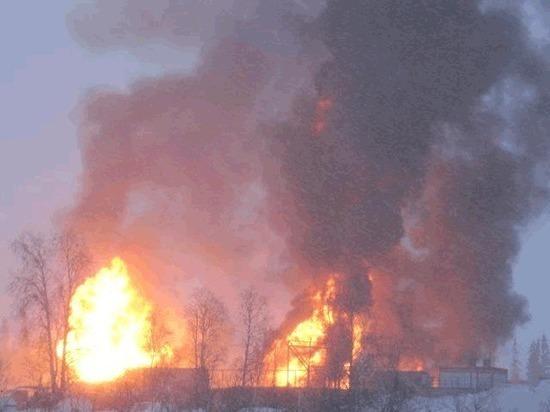 В Коми безнаказанно горит нефтяная скважина