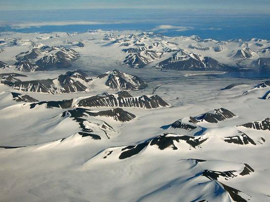 Война за Арктику: НАТО готово пойти на нарушение международного договора