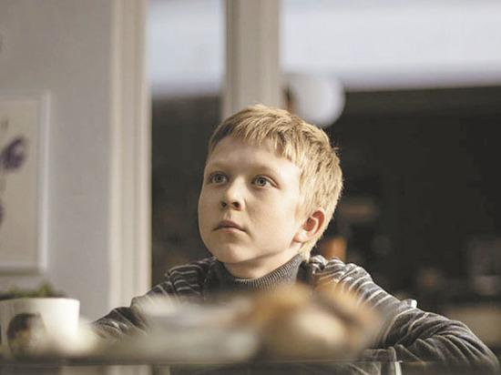 порно фильмы красиво молодой мальчик