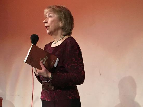 Какие стихи москвичи читали на Пасху