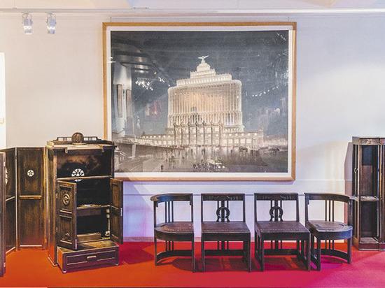 На выставке в Москве революцию представляет авангардное и агитационное искусство