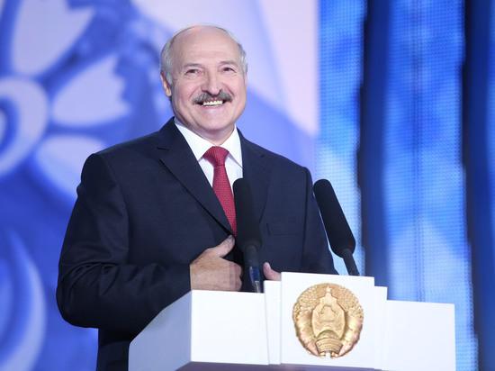 Лукашенко в послании к народу пообещал научить Европу демократии