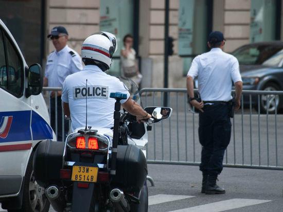 Очки националистам: как теракт в Париже повлияет на президентские выборы
