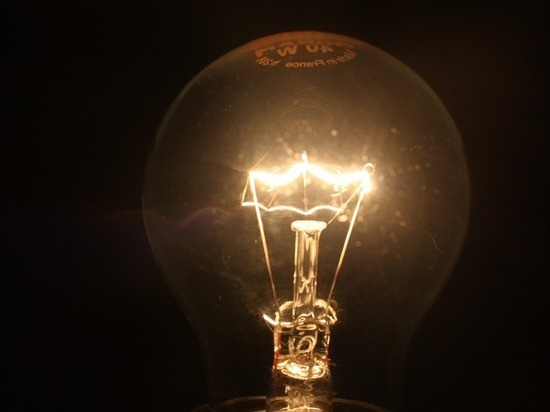 На замену лампочек электрикам дадут полчаса
