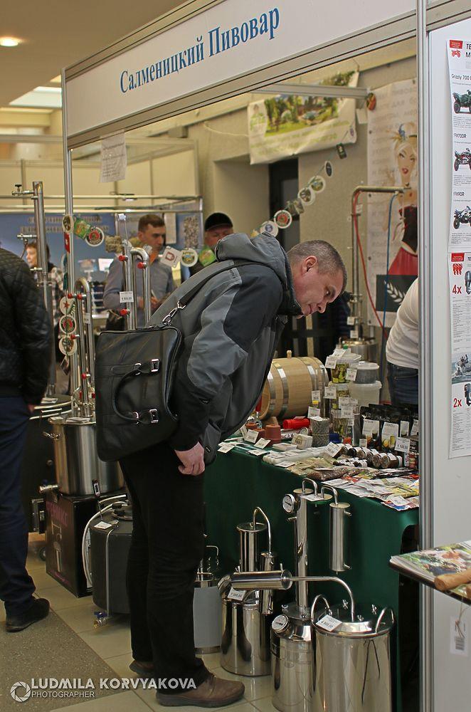 Ассортимент, представленный на выставке, нельзя назвать богатым: много модификаций сравнительно небольшого количества товаров.