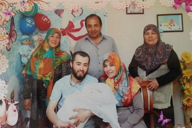 Подозреваемые в теракте отправляли родным смс: «Я в безопасности»