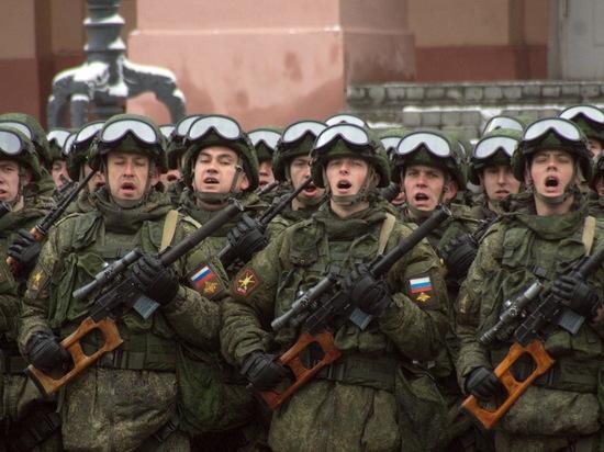 Репетиции парада Победы проходят в Нижнем Новгороде