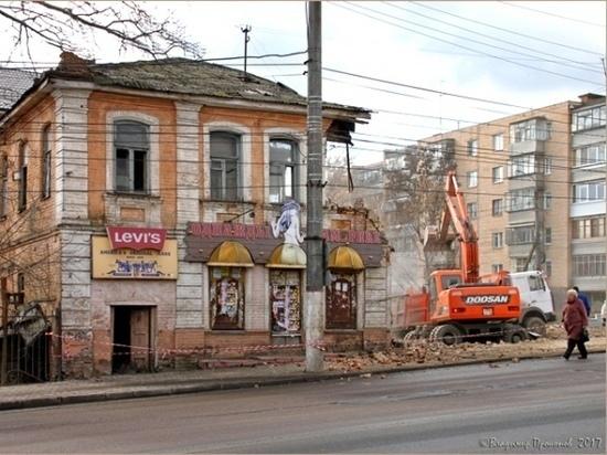 Какие черти толкают курских чиновников на уничтожение истории?