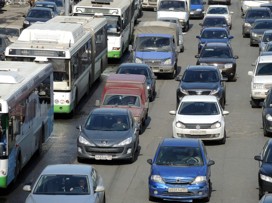 Чиновники ухудшили прогноз попробкам вцентре столицы из-за благоустройства