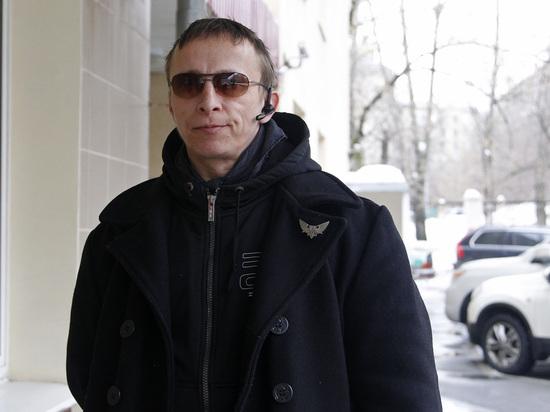"""Охлобыстин призвал отменить 13 статью """"наспех сляпанной"""" конституции"""