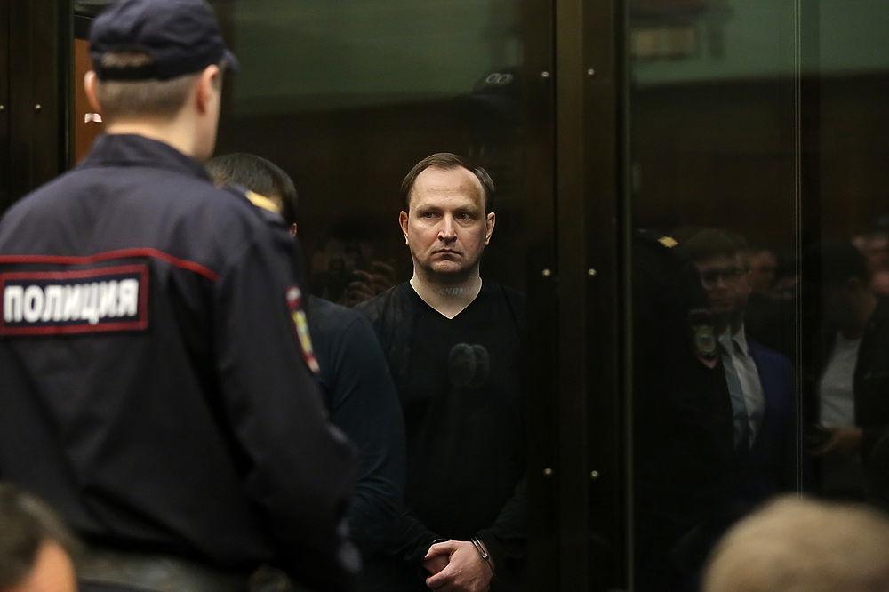 Экс-глава антикоррупционного управления МВД Денис Сугробов получил 22 года колонии