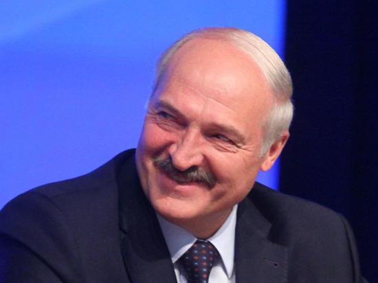 Лукашенко успокоил Порошенко: Россия не собирается вторгаться на Украину