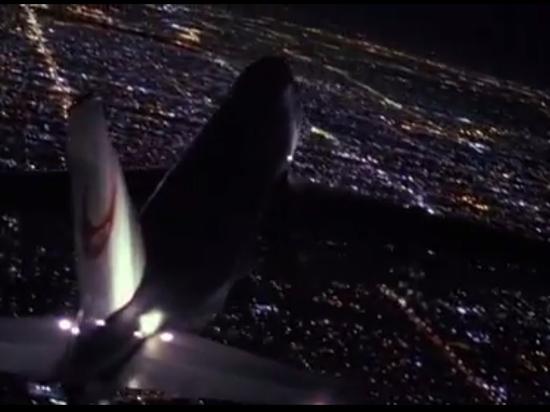 Переломы, ушибы, вывихи: пассажиры самолета Москва-Бангкок пострадали в воздухе