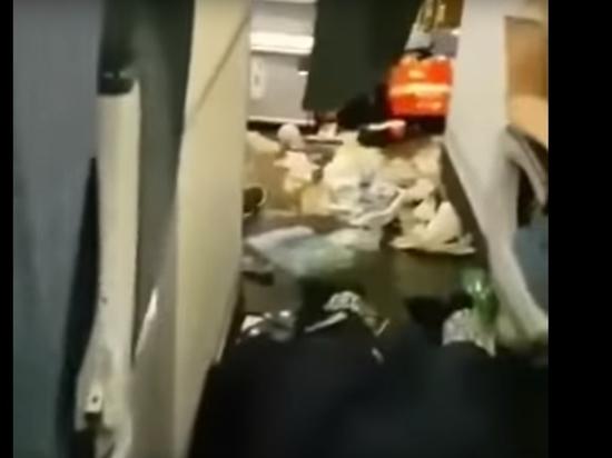 """""""Кровь на потолке, сломанные носы"""": опубликовано видео из Бангкока"""