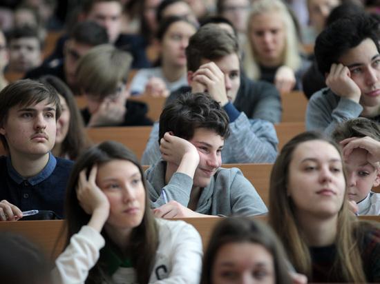 Учащимся ПТУ станут выделять гранты, как студентам