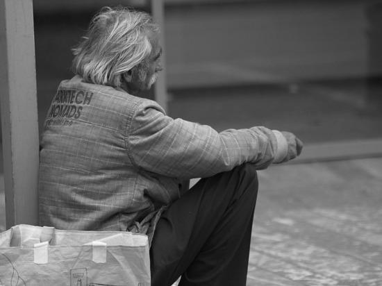 МРОТ поднимут допрожиточного минимума, аработающим пенсионерам проиндексируют пенсии