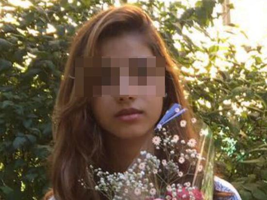 порно снятое на телефон школьницы фото