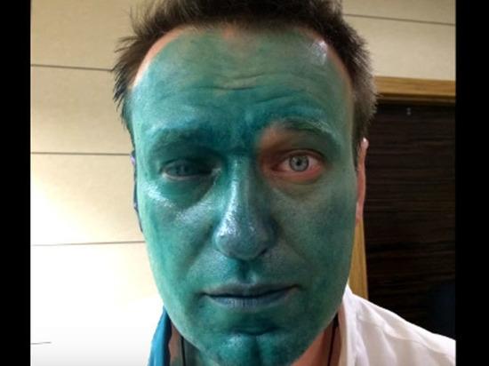 «Зеленка Навального» засохла в полицейском архиве