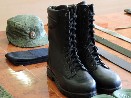 В Думу внесли два законопроекта, упрощающих военкомам охоту на уклонистов