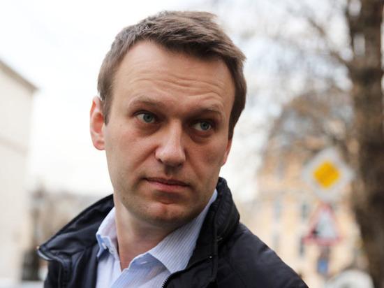 Полиция завела уголовное дело о нападении на Навального