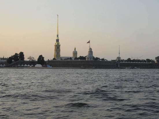СМИ: прибывшие на парад корабли Балтфлота неожиданно ушли из Петербурга
