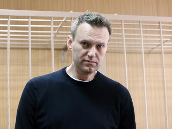 Глава пресс-службы России  прокомментировал заявления опомощи Кремля отправке Навального зарубеж