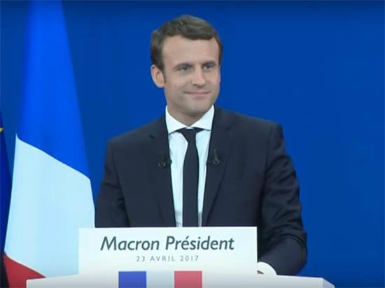 Ле Пен признала поражение и поздравила Макрона с победой