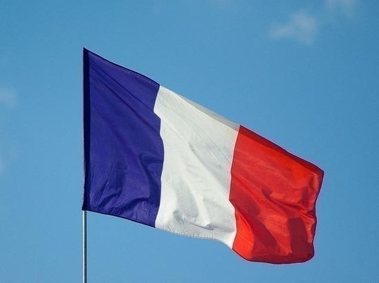 Перед выборами во Франции разыскивают трех подозреваемых в подготовке теракта