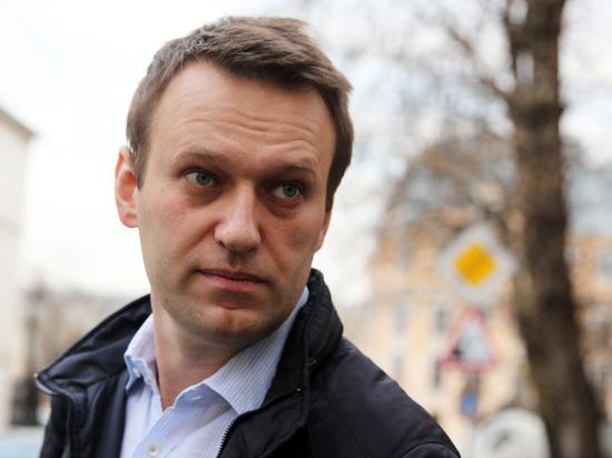 СМИ пишут оботъезде Навального вБарселону