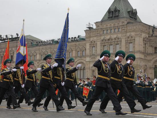 Почему на самом деле отменили воздушную часть Парада Победы