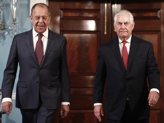 Переговоры Лаврова с Тиллерсоном начались с шутки об экс-главе ФБР
