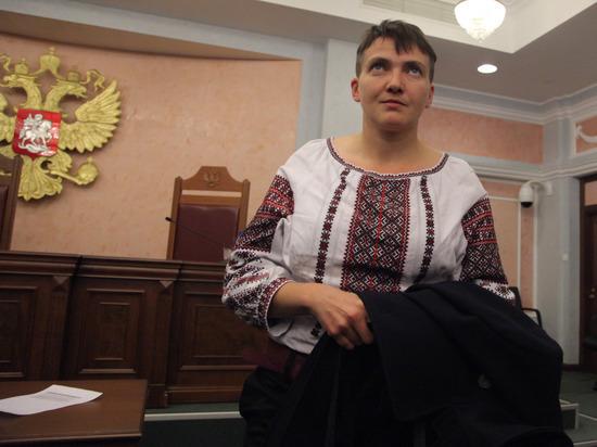 Савченко попросила Макрона надавить на Россию с помощью санкций