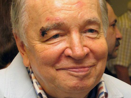 В столицеРФ открывается культурный центр Андрея Вознесенского
