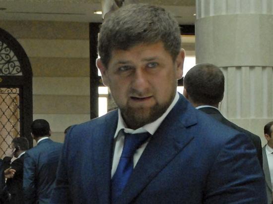 Charlie Hebdo опубликовал порнографические карикатуры на Кадырова и чеченских геев