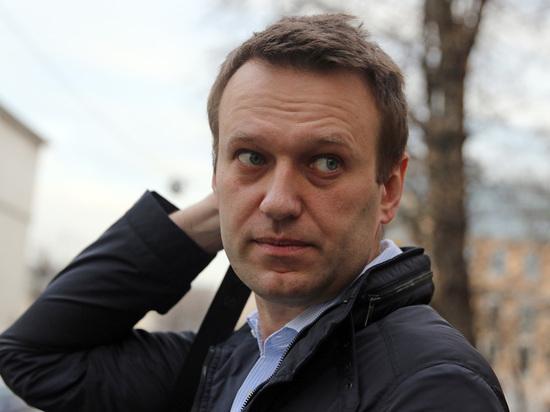Навальный и реновация: вожди оппозиции взяли кредит недоверия