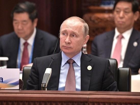 Путин посетовал на борьбу в США: лихорадит политику и экономику