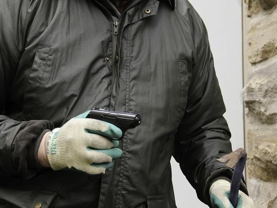 Верховный суд объяснил, как наказывать грабителей с игрушечным пистолетом